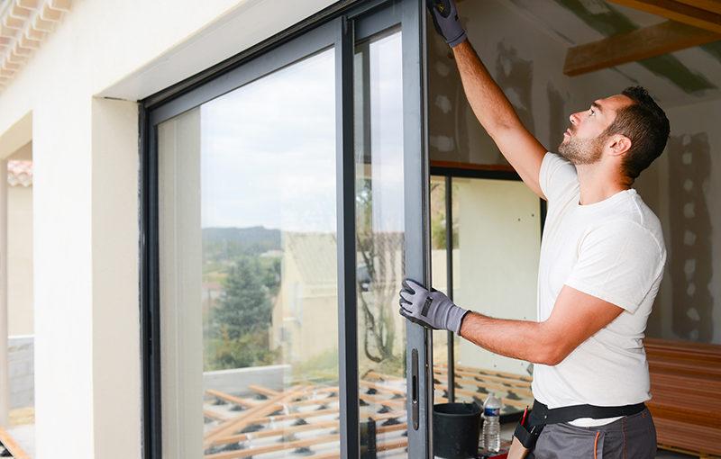 Okres budowy domu jest nie tylko ekscentryczny ale dodatkowo wybitnie niełatwy.